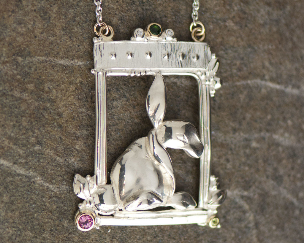 1259-S Bunny Necklace